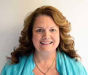 DEEDIE MCKENZIE PROMOTED TO PUBLISHER OF THE PENINSULA CLARION AND GROUP PUBLISHER OF ALASKA MEDIA PARTNERS